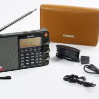 Radio multibanda Tecsun PL-880 contenido